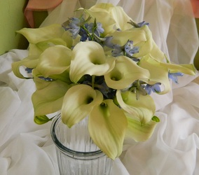 Callas 1 from local Myrtle Beach florist, Bright & Beautiful Flowers