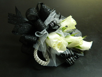 Sweetheart roses with black and silver accents  from local Myrtle Beach florist, Bright & Beautiful Flowers