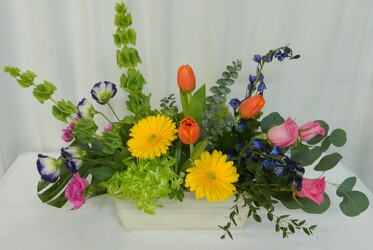 Color It Springtime from local Myrtle Beach florist, Bright & Beautiful Flowers