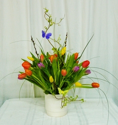 Spring Delight from local Myrtle Beach florist, Bright & Beautiful Flowers
