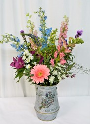 Les Fleurs from local Myrtle Beach florist, Bright & Beautiful Flowers