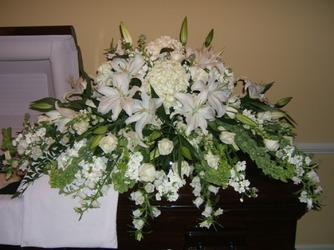 Classic White from local Myrtle Beach florist, Bright & Beautiful Flowers