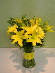 Myrtle Beach Sunshine from local Myrtle Beach florist, Bright & Beautiful Flowers