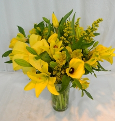 Dreaming in Yellow from local Myrtle Beach florist, Bright & Beautiful Flowers